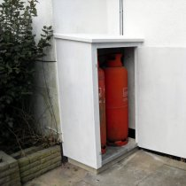cupboards_gas_cylinder1