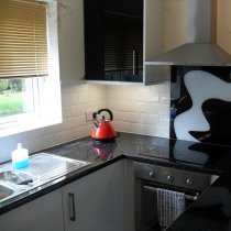 tiling_white_kitchen1